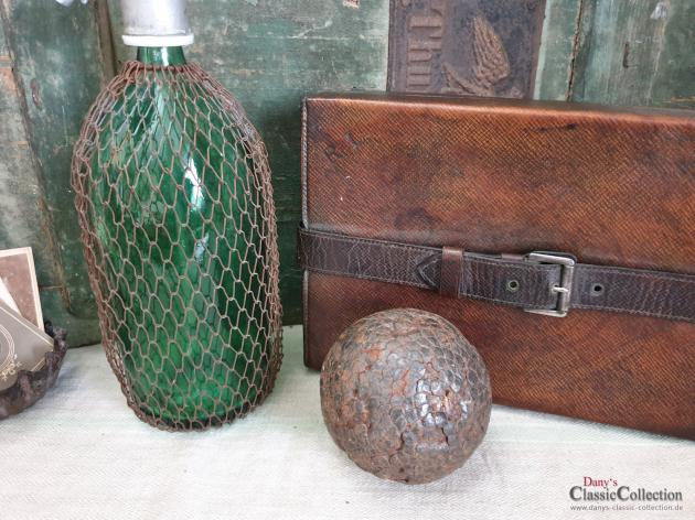Antike Boule Kugel ~ Holz Kugel genagelt ~ Pétanque Kugel ~ französisches Kugelspiel ~ Provence ~ Boccia ~ hy5051p2