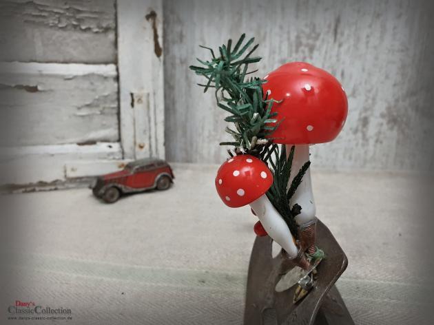 Pilz Duo auf Clip ~ Pilze ~ Fliegenpilze ~ Christbaumschmuck alt ~ Weihnachtsschmuck ~ Weihnachtsbaum ~ Weihnachten ~ Sammlerstück ~hx4651p1