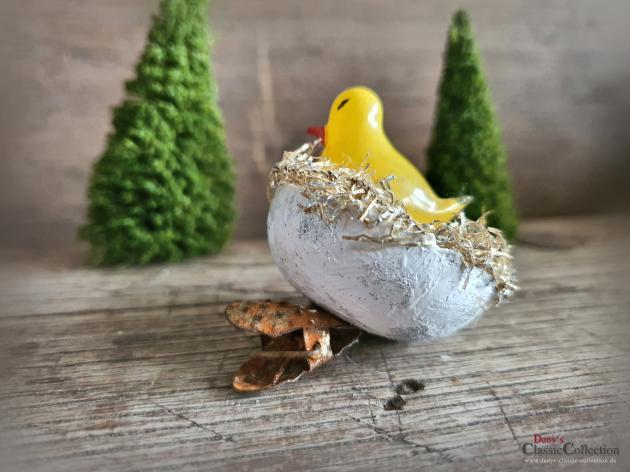 Küken in Nest mit Tinselrand auf Clip ~ Seltener Christbaumschmuck ~ Vintage Weihnachten ~ Weihnachtsbaumschmuck ~ hx4527