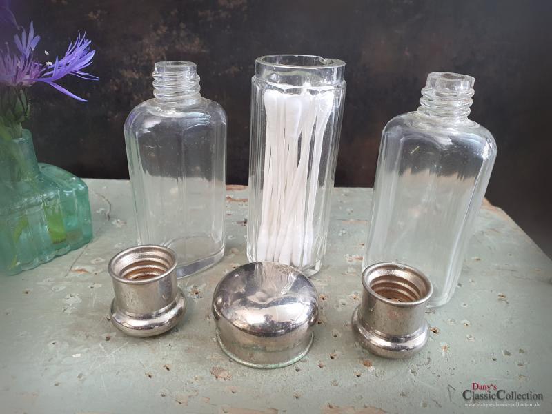 3er SET Glas Flakons aus Reise-Etui ~ Vintage Badezimmer ~ Parfumflacon ~ Glasflasche ~ Glasbehälter ~ Schraubdeckel ~ Chromdeckel ~ ht2491