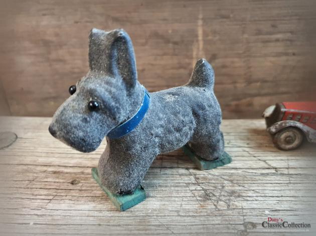 Vintage Hundefigur ~ Kinderzimmer Deko ~ Sammlerstück ~ Terrier