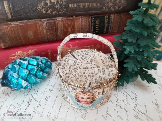 Ungewöhnlicher Christbaumschmuck ~ Körbchen mit Oblaten ~ Découpage ~ altes Papier ~ Pretty xmas decoration