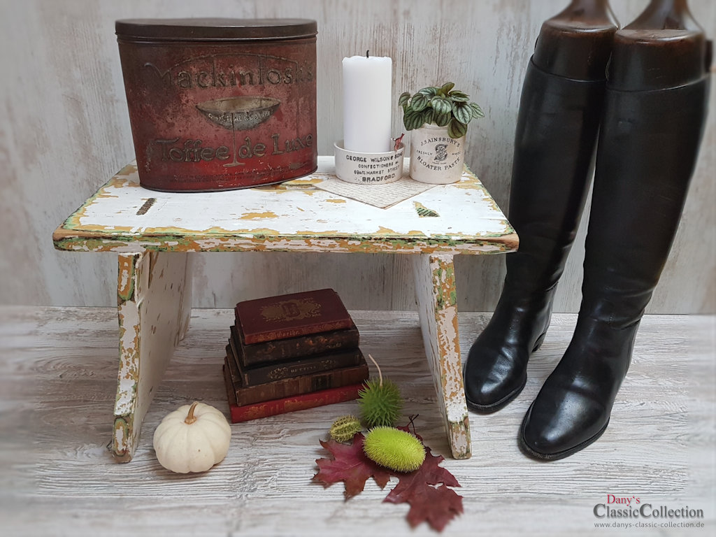 alter schemel mit originallack hocker beistelltisch brocante home decor vintage shabby. Black Bedroom Furniture Sets. Home Design Ideas