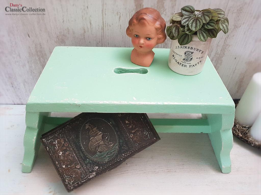 alter mintfarbener schemel fu hocker hocker. Black Bedroom Furniture Sets. Home Design Ideas