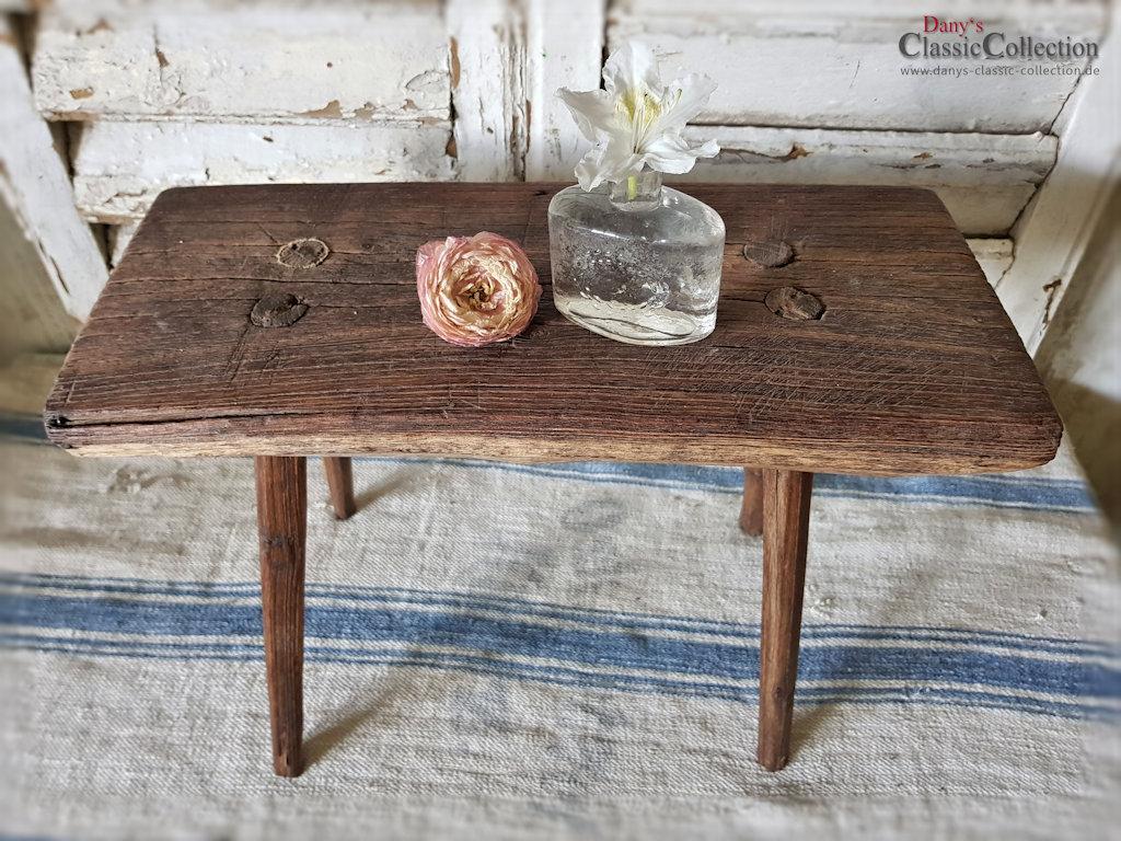 hocker tritt schemel beistelltisch vintage shabby chic melkschemel alter hocker alter. Black Bedroom Furniture Sets. Home Design Ideas