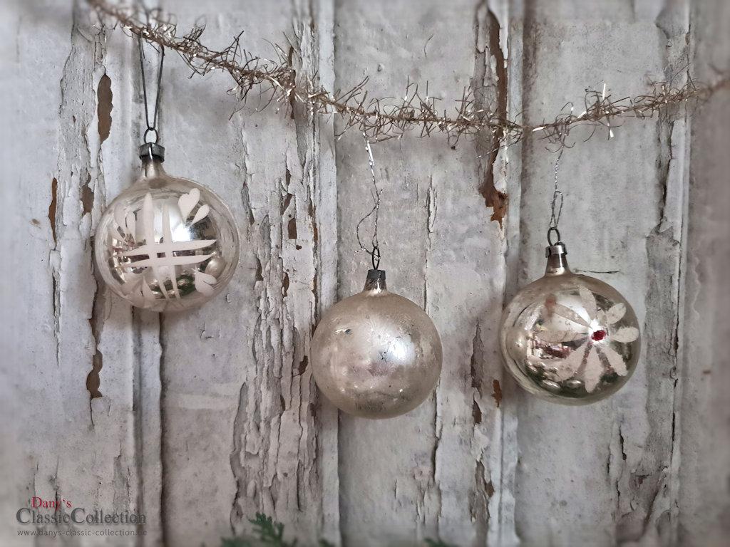12 christbaumkugeln 5 cm weihnachtskugeln silber mit bemalung vintage weihnachtsbaum - Weihnachtskugeln vintage ...